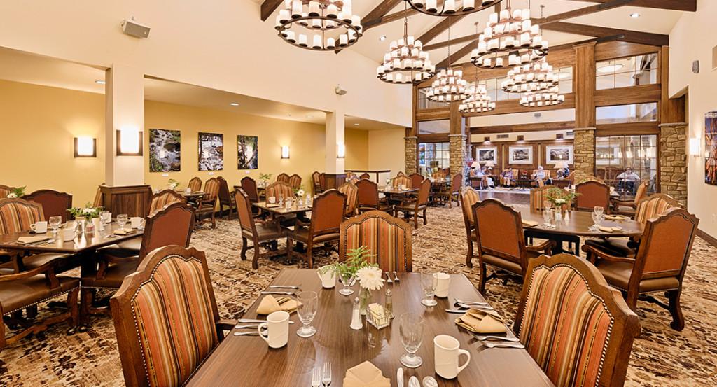 community-fresno-gallery-006-formal-dining-room